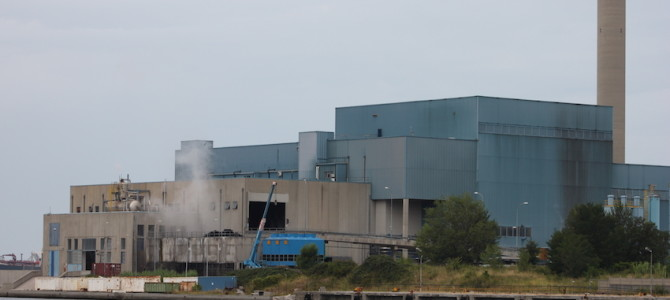 AN INCINERATION PLANT AT SERVICE OF THE ITALIAN MAFIAS OF WASTE